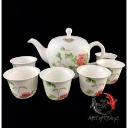 Delikatny zestaw porcelanowy (Tajwan)